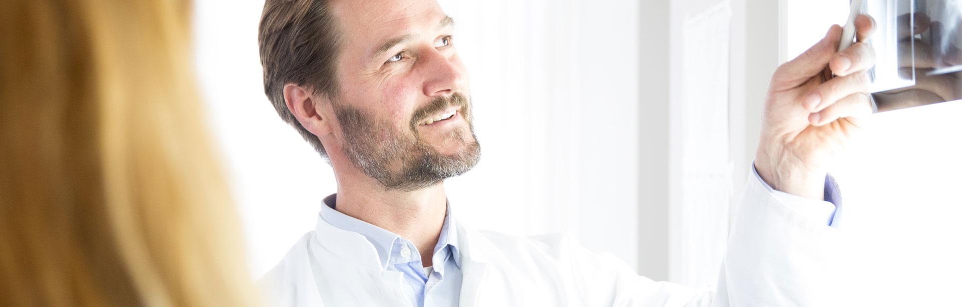 Dr. Johannes Mayrhofer - Stosswellen Therapie Linz, Institut Medaktiv
